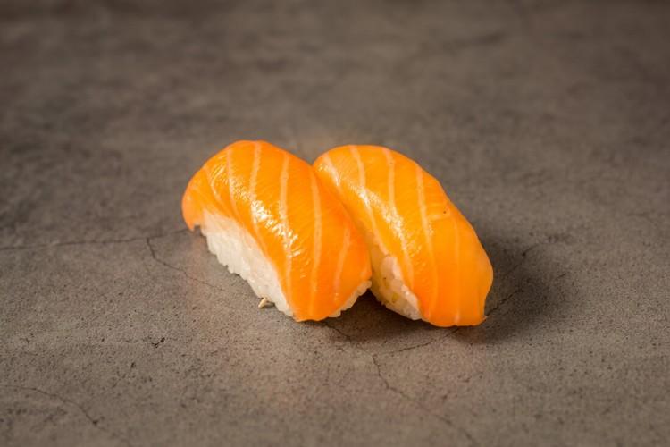 Sushi Saumon